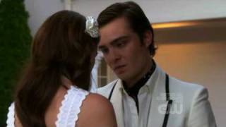 "Gossip Girl 2x01 ""Three words, Eight letters"""