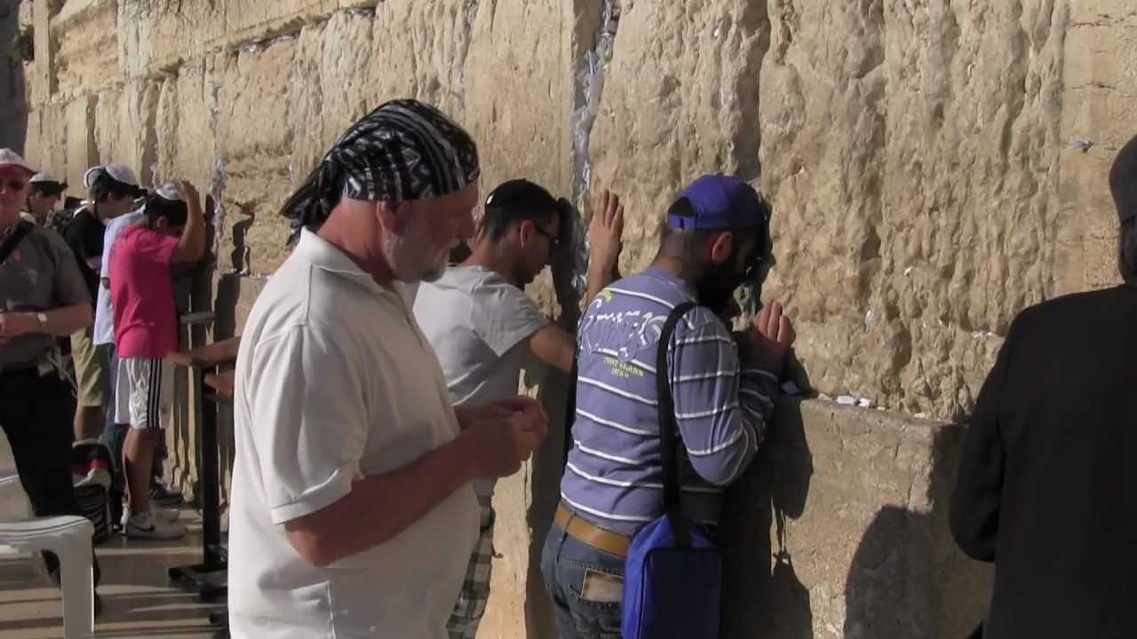 IZRAEL-JERUZALÉM: jak jsem veřejně (i když se to nemá) napsal přání do Zdi nářků
