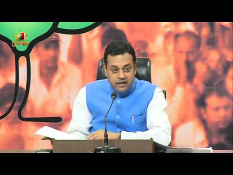 BJP Targets Congress | Sambit Patra Slams Sonia and Rahul Gandhi over National Herald Scam