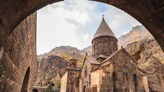 Волшебный дудук в монастыре Гегард (х/ф «Без границ»)