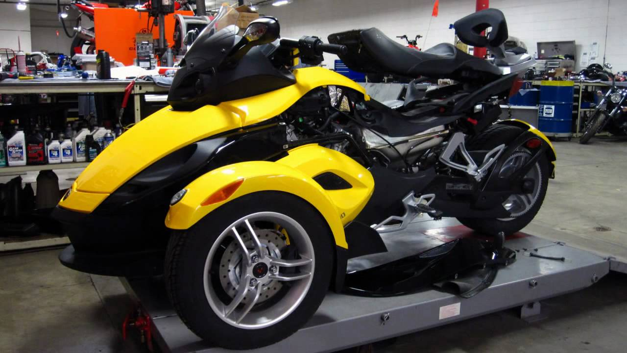 Can am spyder roadster gs se5 by brp