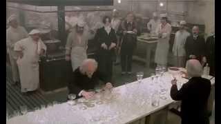 Fellini - E La Nave Va - Musica con bicchieri d'acqua nella cucina