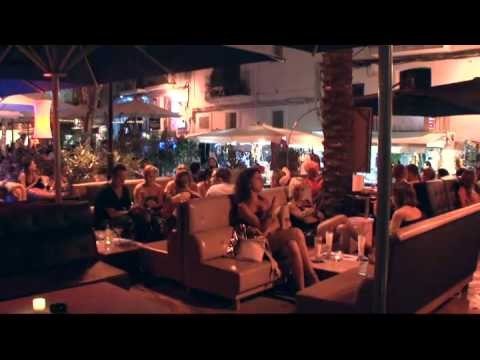 2011 Ibiza Town By Night (720x406)