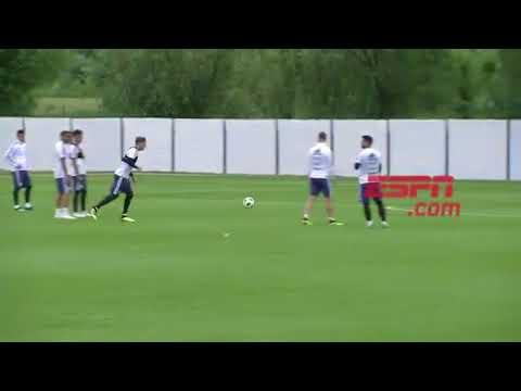 Armani la rompió en el entrenamiento de la Selección argentina