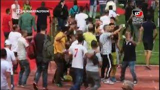 جماهير الزمالك تحاصر «طارق حامد وعواد» عقب الفوز على بيراميدز في نهائي كأس مصر