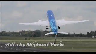 Boeing  787 Dreamliner  IMPRESSIVE Vertical Takeoff