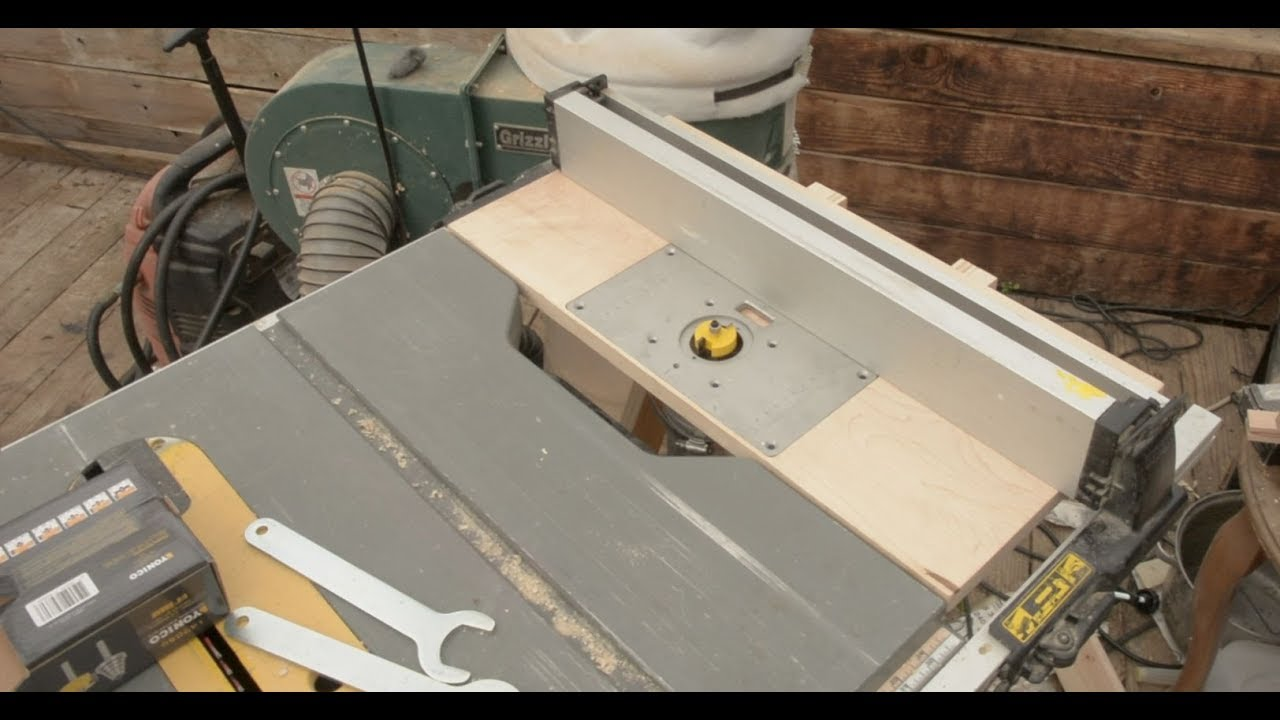 Router table extension for a Dewalt table saw - YouTube