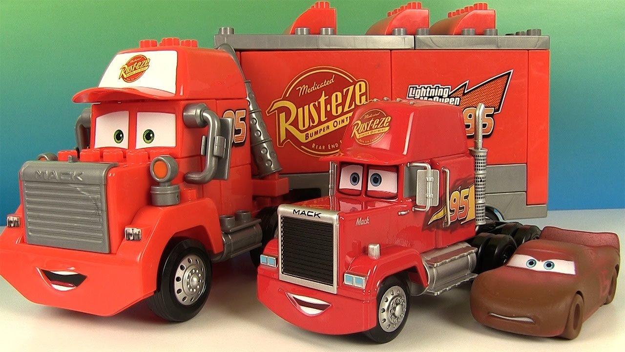 disney cars 3 mack transporteur lego et 5 voitures miniatures chester jimbo t bone taco youtube. Black Bedroom Furniture Sets. Home Design Ideas