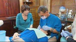 Maatband: Meisie besoek die tandarts