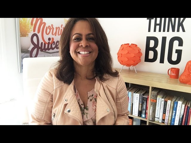 Momentum Monday with Julie Gordon White - April 16, 2018 | QuickBooks