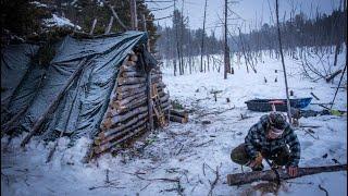 Primitive Survival Shelter wİth Fire, Bushcraft Camp & Ferro Rod Tips