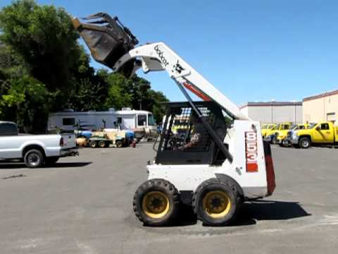 Bobcat Skid Steer Loader With Grapple Bucket And