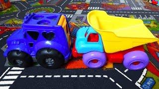 Игрушечные машинки, трактор и грузовик. Видео про машинки - игрушки для детей(Игрушечные машинки вместе с трактором и грузовиком играют в детской комнате. Машинки для детей, игрушки,..., 2014-08-13T15:50:08.000Z)