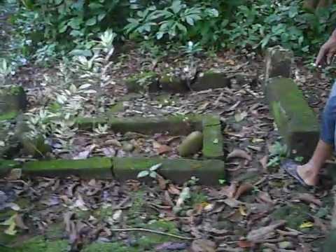 Makam Si Pahit Lidah (Serunting Sakti) di Lahat