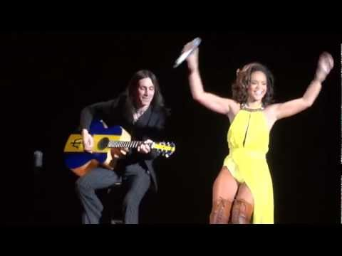 Nuno Bettencourt Live In Paris (with Rihanna)_20/10/11_part 4