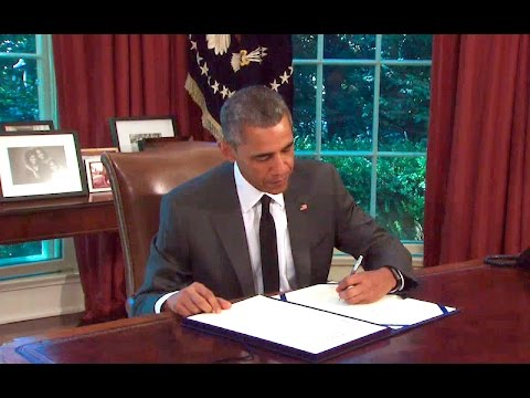 The President Signs an Extension of the Highway Funding Bill