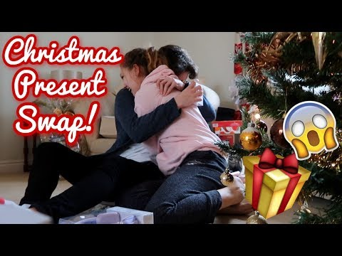 CHRISTMAS GIFT SWAP WITH MY BOYFRIEND! *Emotional* | BeautySpectrum