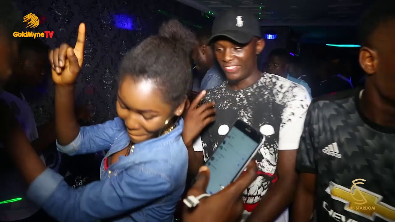 Download OOU STUDENTS GROOVING AT CLUB STARDOM