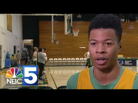 Video: UVM hoops weekly media session (12/19)