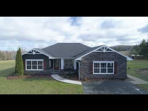 424 Nowlan Mountain Rd, Newtonville