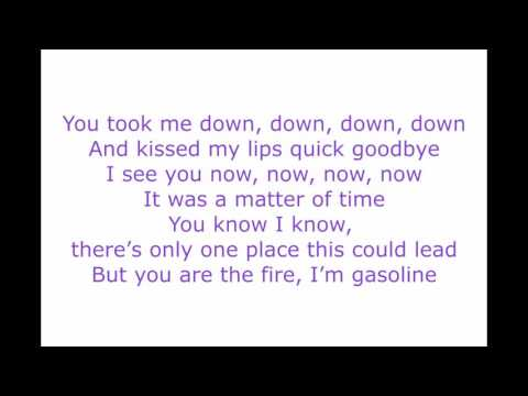 Dangerously - Charlie Puth (Lyrics Video)
