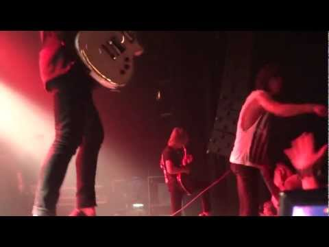 Blessthefall - I'm Bad News In The Best Way Live @ Trix Antwerp