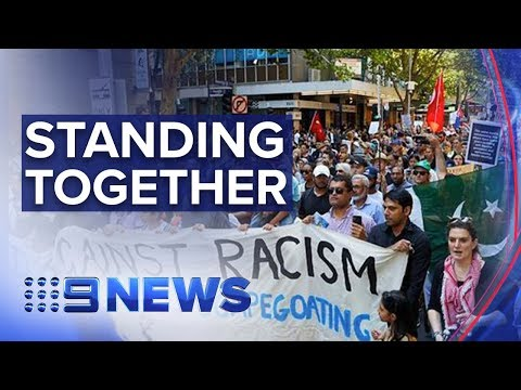 Thousands rally in Melbourne to support Muslim community | N