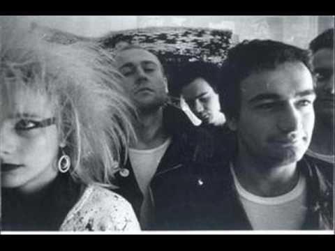 Kaos-Samo Prvom Klasom -Ri Synth Punk(Kulušić 1984)