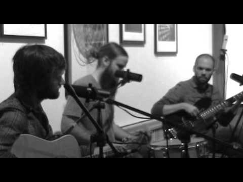 """KDIC 88.5 FM - EXCLUSIVE Acoustic Session - Fort Frances - """"Habits"""""""