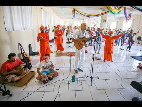 Dharma Chakra en Retiro Mundial de AM Yoga  Porto Alegre Brasil - Febrero 2018