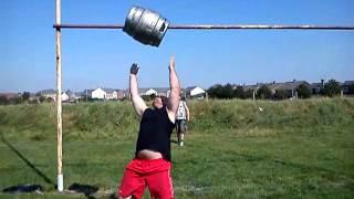 Andy spratt keg tossing for 3.