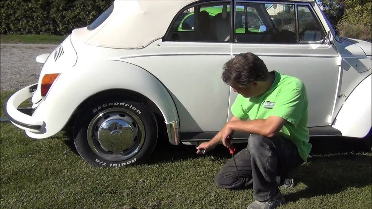 Classic Vw Bug Beetle Hubcap Removal Tip By Lastchanceautorestore