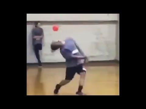 the fastest reflex ever..