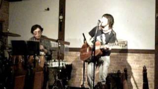 2010年3月12日長野県松本市中町のミュージックコートHANAでのライブ映像...
