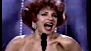 Shirley Bassey - Can I Touch You There / He Kills Everything / Interview (1996 Live)
