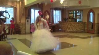 Первый танец Кристины и Саши 18.08.2012