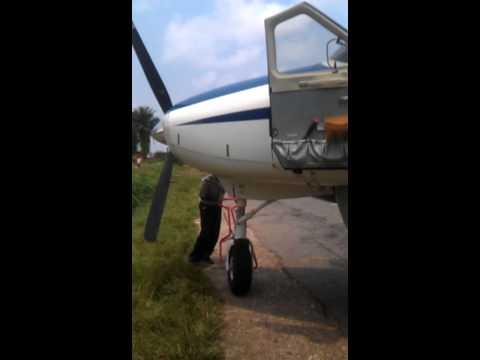 Walikale Precision towing. Congo Bush Flying November Victor