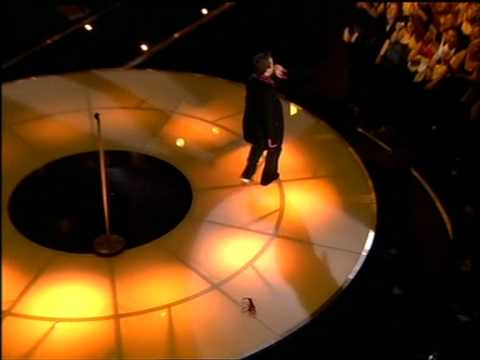 Robbie Williams  - Feel @ Berlin HQ