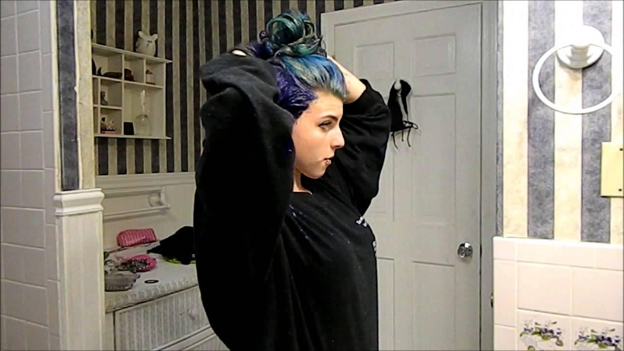dying hair manic panic '