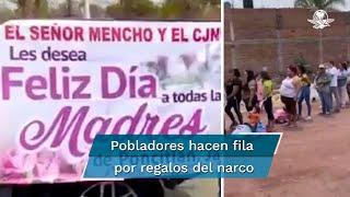 Los habitantes hicieron fila para recibir licuadoras, hornos y electrodomésticos por el 10 de mayo en los municipios de los municipios de Tototlán, La Barca y Jamay