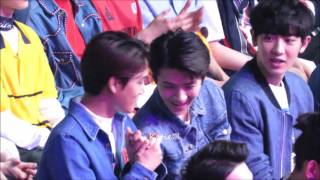 [fancam]160409 EXO Reaction on KangTa's Performance Sehun focus@16th TOP Chinese Music Awards