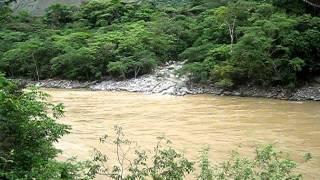 Puente colgante en Sabanalarga, Antioquia
