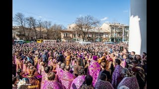 Более 10 тысяч верующих одесситов вышли на Крестный ход