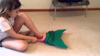 How to adjust and put on your 2tails mermaid tail