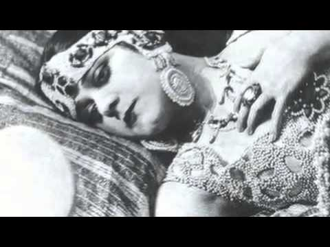 Theda Bara in the 1917 film Cleopatra + Interview