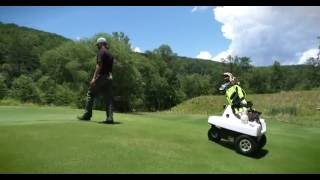 未来のゴルフはこうなる!? 『Rover』はキャディさんの仕事を奪うロボット