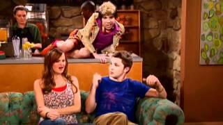 Angus: Supermodel - So Random! - Disney Channel Official