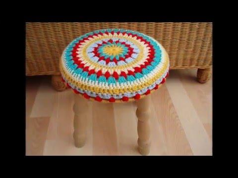Вяжем коврики на табурет