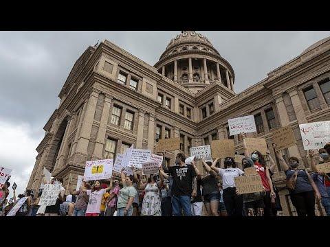 قاض فدرالي يعلّق قانون الإجهاض الجديد في تكساس بعد طعن قدمته إدارة بايدن…