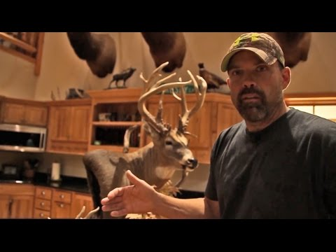 Lee And Tiffany Lakosky Deer Hunting And Management: